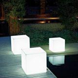 decoratiuni luminoase pentru piscine