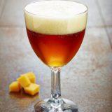 Abbaye   pahar pentru bere cu picior inalt si pereti grosi ce pastreaza continutul rece, capacitate 250 sau 330 ml